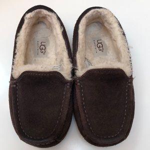 Boys UGG Slippers